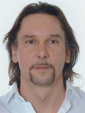 Günther Aust